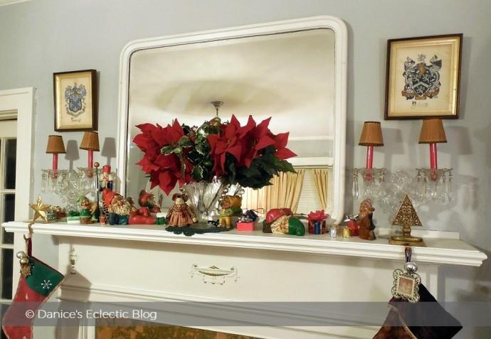 Christmas mantelscape image: ©DSG
